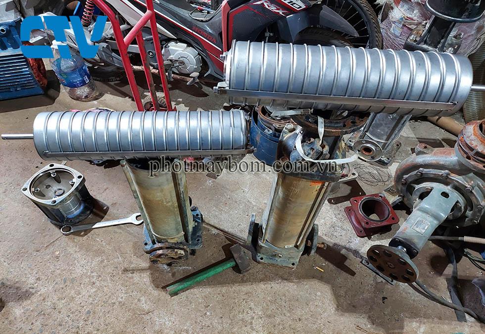 Sửa máy bơm nước - Sửa bơm trục đứng hỏng buồng cánh bơm